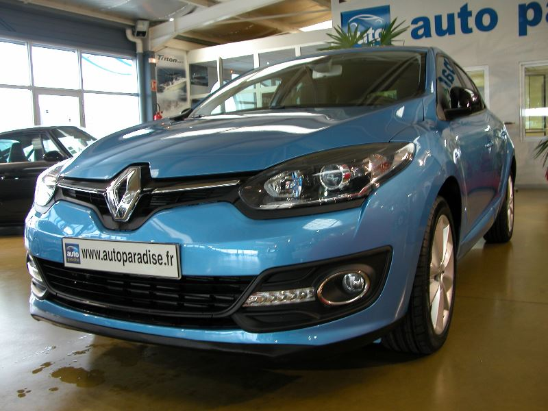 Véhicule d'occasion RENAULT MEGANE 1.2 TCE 115 LIMITED